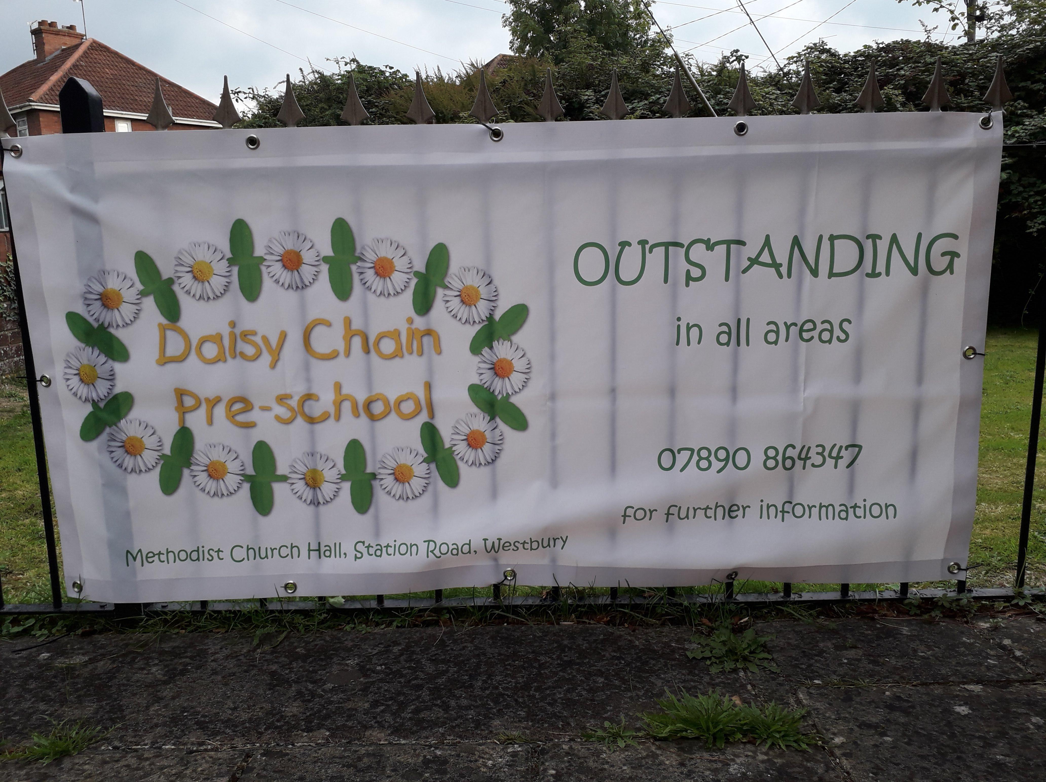 Daisy chain banner 2018